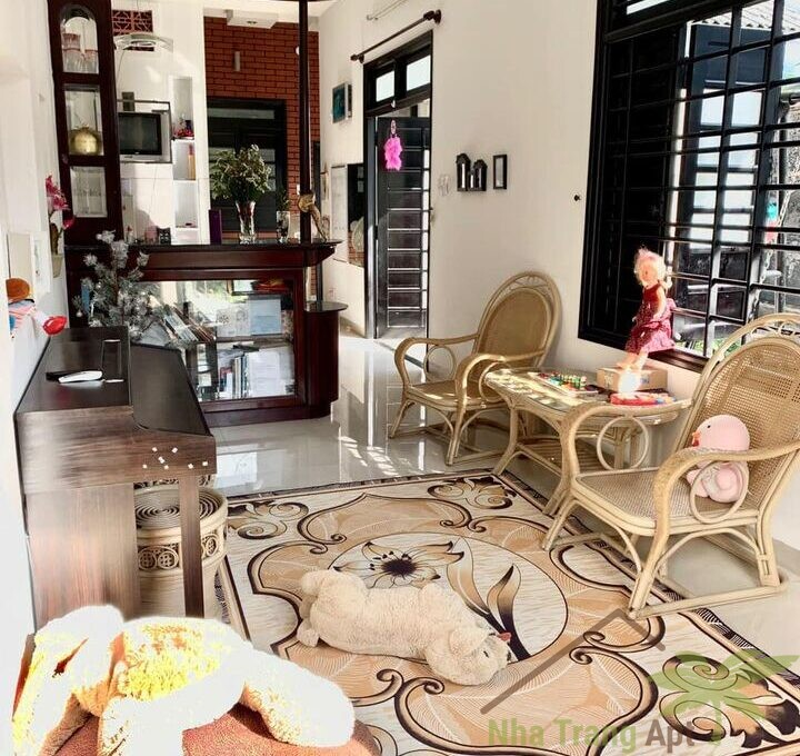 house for rent nha trang h122-2